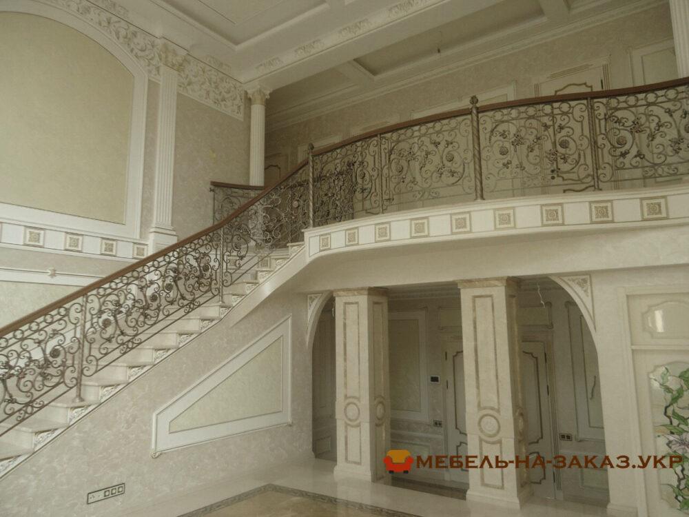 лестница в элитный дом на заказ