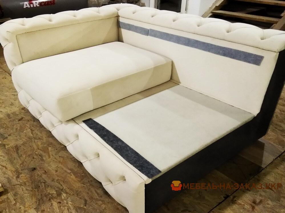 белый угловой модульнй диван