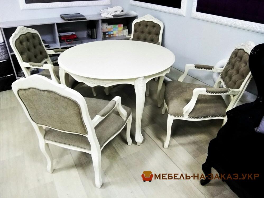 Комплект деревянных стульев и стола на заказ Украина