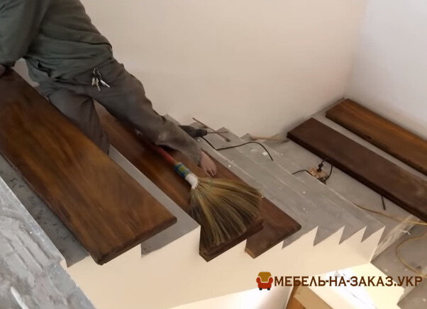 деревянные ступеньки на заказ