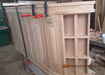 изготовление деревянной стойки из дерева на заказ