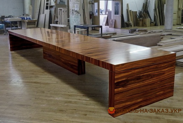 столы для переговоров на заказ шпон