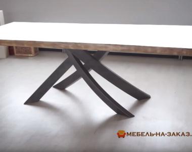 конференц стол из дерева и металла