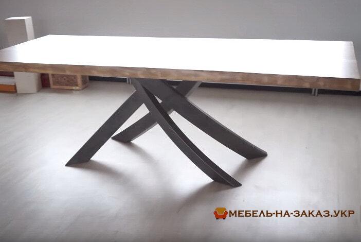 конференц стол из дерева лофт