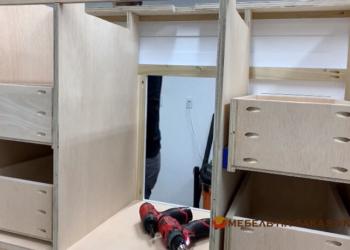 фанерная мебель в уборную