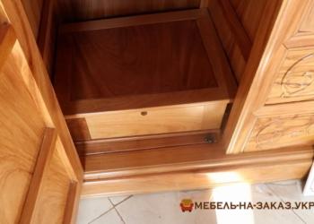 деревянные ящики шкафа
