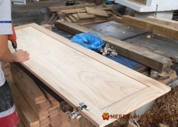 Деревянный шкаф Киев