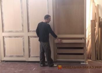Деревянный шкаф Москва