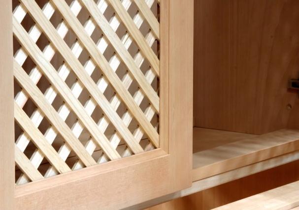 Деревянный шкаф Житомир