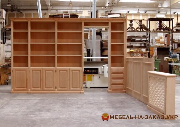 Деревянный шкаф на заказ Харьков