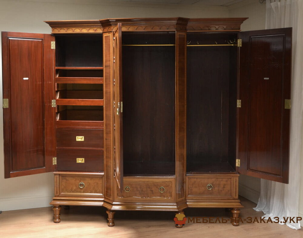 Деревянный шкаф в прихожую на заказ Ирпень