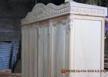 зказать изготовление шкафа из дерева в Киеве