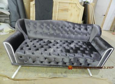 красивый нестандартный диван для гостиной