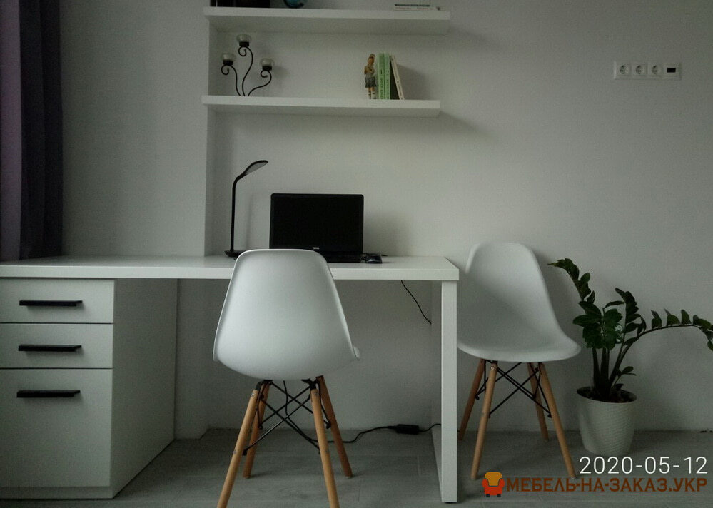 стол белого цвета на заказ