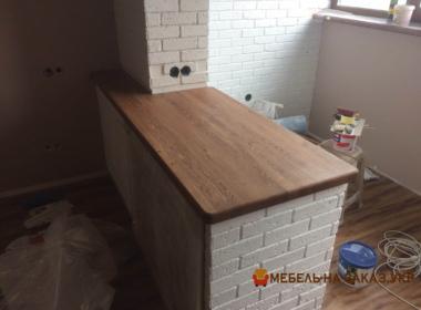 кухонная столешница из дерева на барную стойку