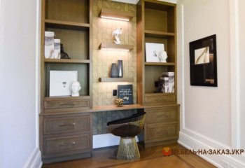 шкаф в кабинет из дерева на заказ