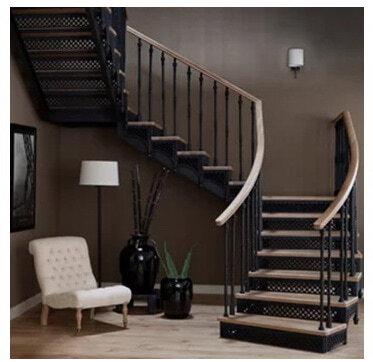 лестница с одной площадкой под заказ