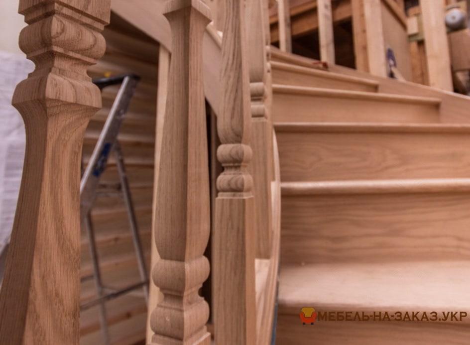 изготовление лестницы на заказ недорого