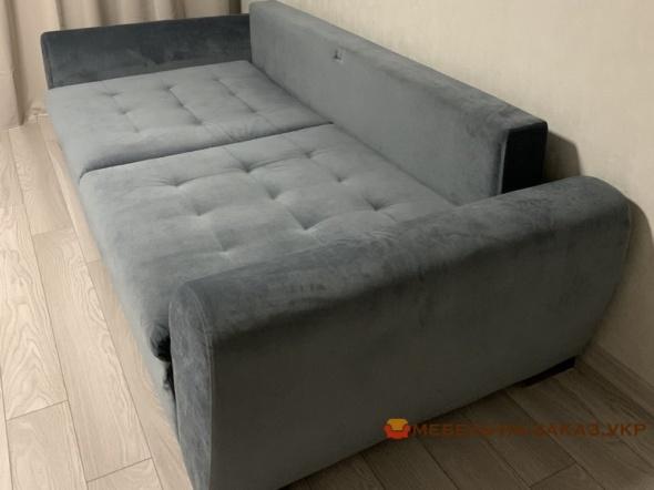 серый прямой диван со спальным местом под заказ