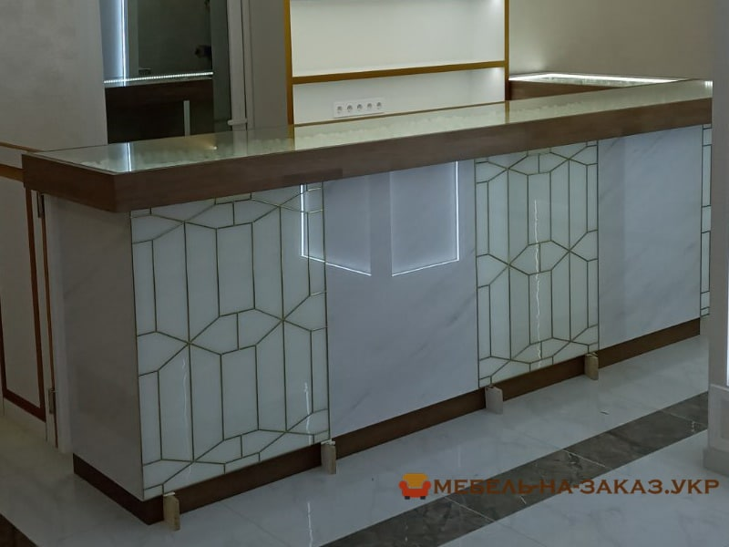 мебель со стеклянной столешницей на заказ в Киеве