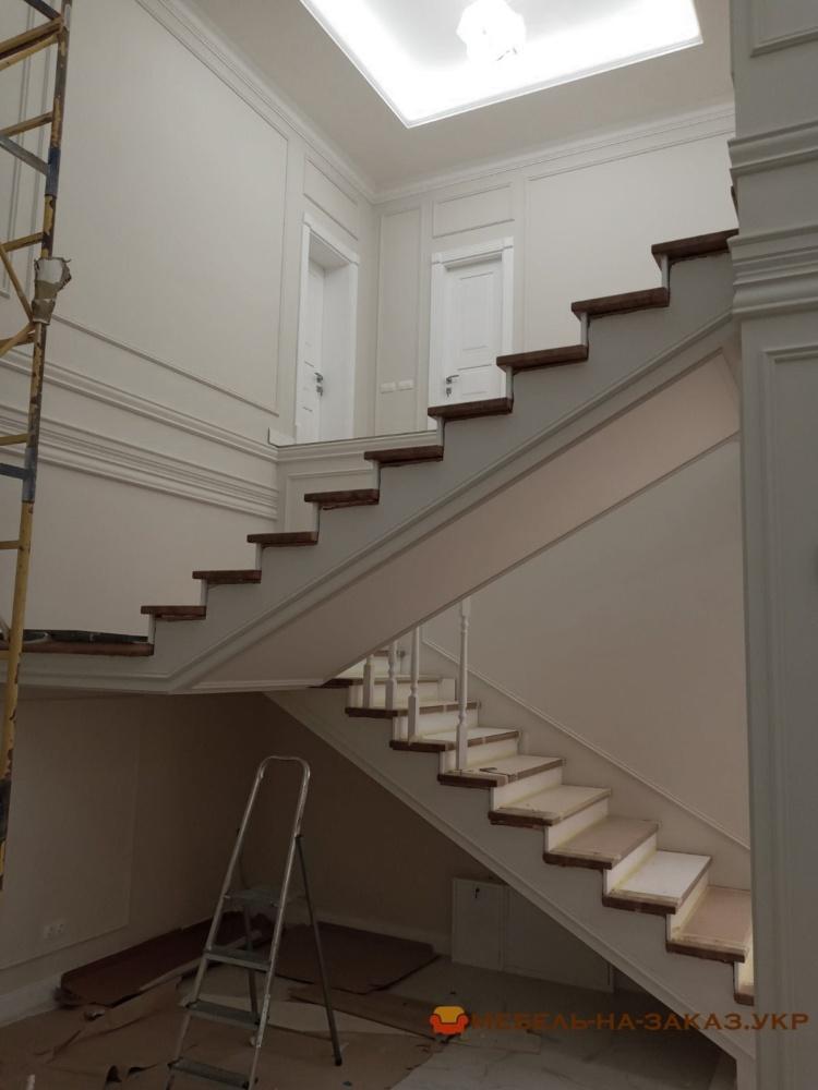 изготовление  лестницы   для дачи