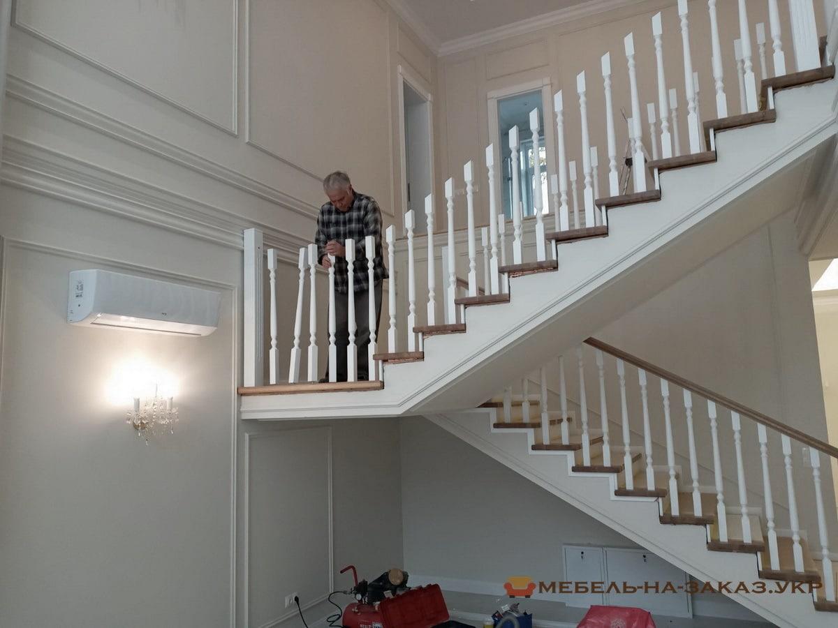 деревянная лестница на заказ Фастов