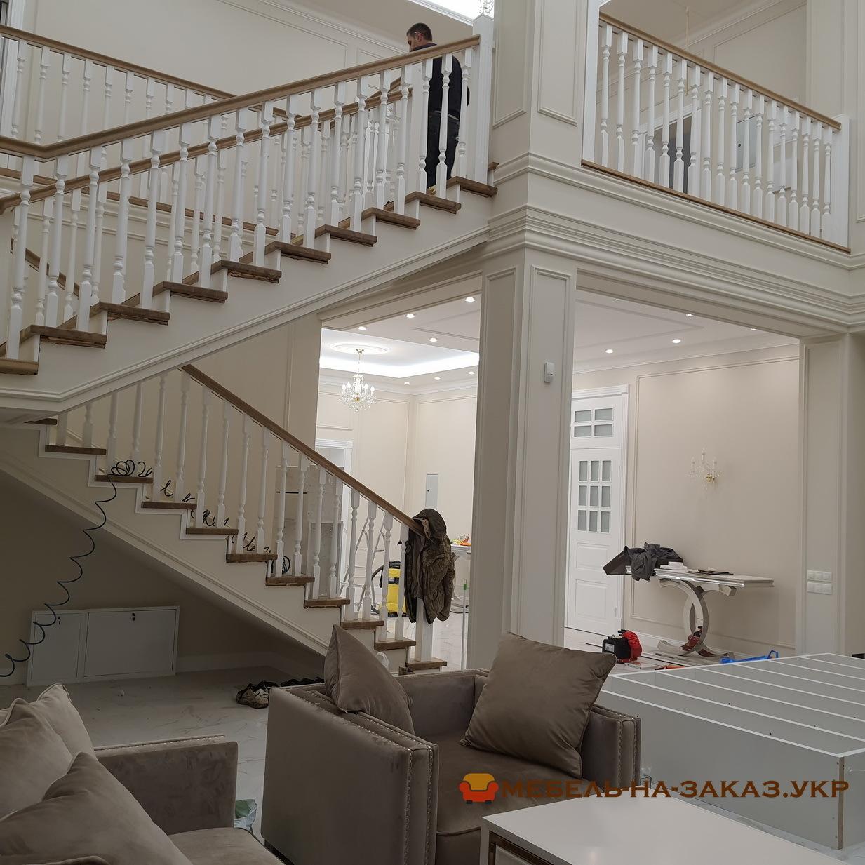 лестница с площадкой