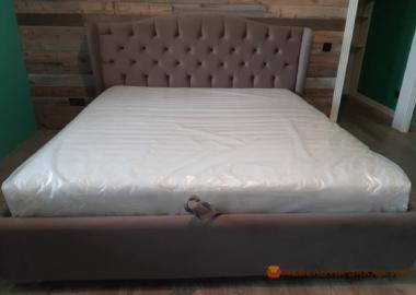 коричневая мебель в спальню лофт