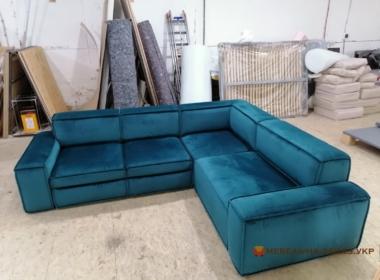 модульный угловой диван в гостинную