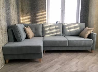 диван угловой модерн для гостинойголубого цвета