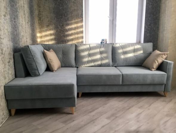 диван угловой модерн голубого цвета