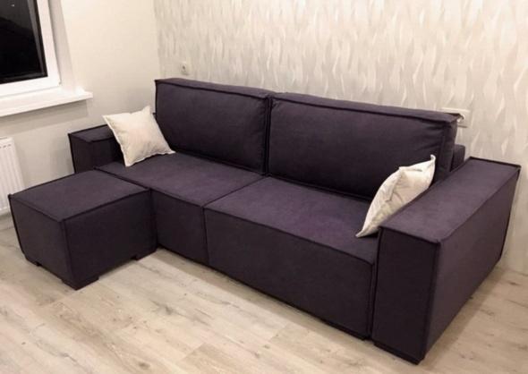 сиреневый диван в гостинную
