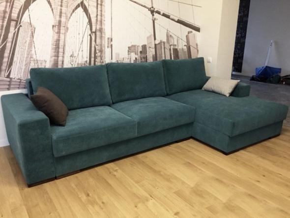 Серелная угловая мебель мягкая