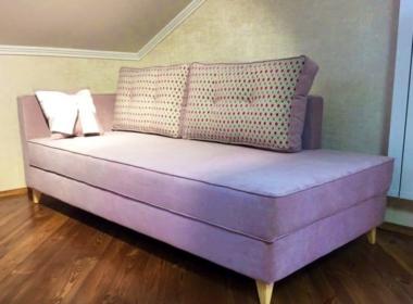 малеьнкий угловой диван