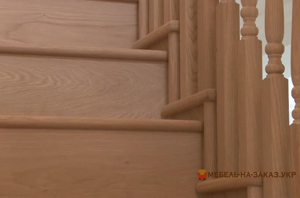 п образная кухня из дерева