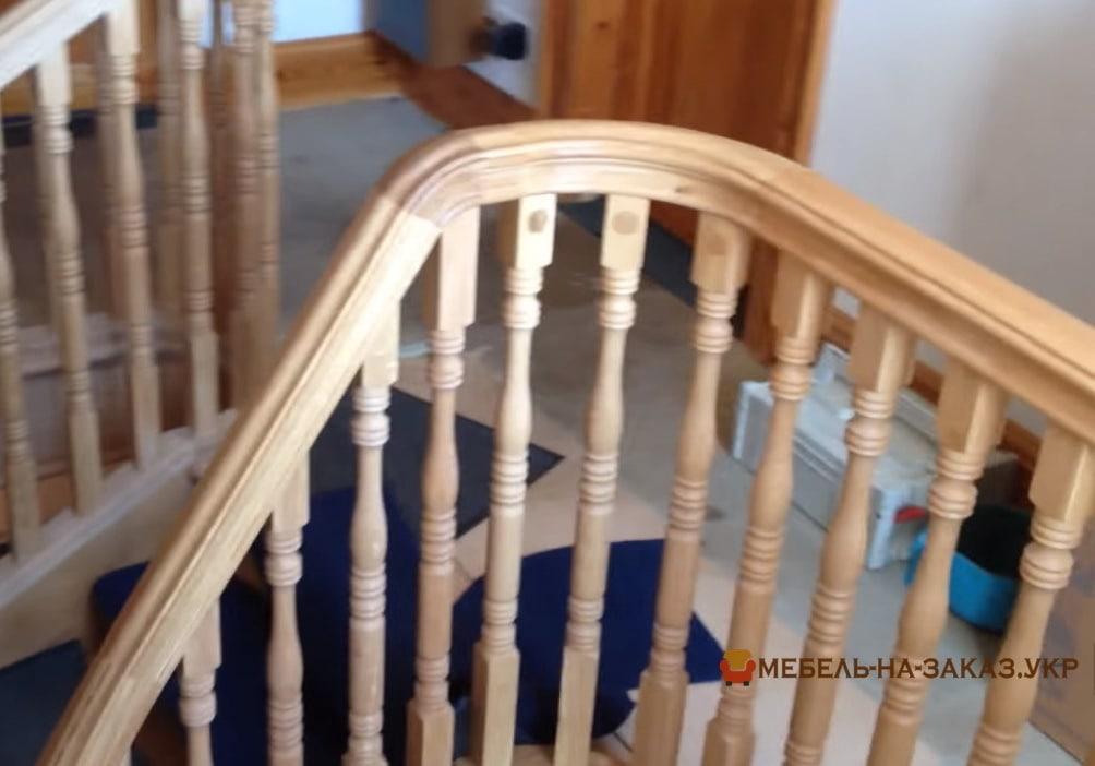 круглые перила для лестницы