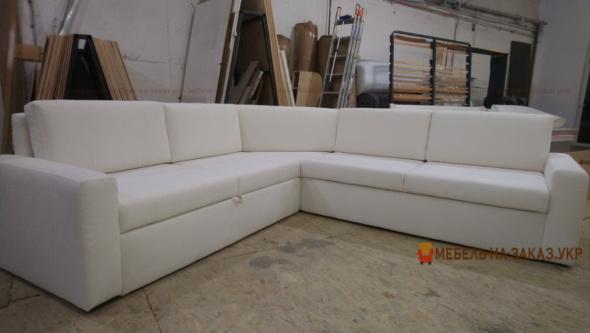 спальный диван в белом цвете на заказ