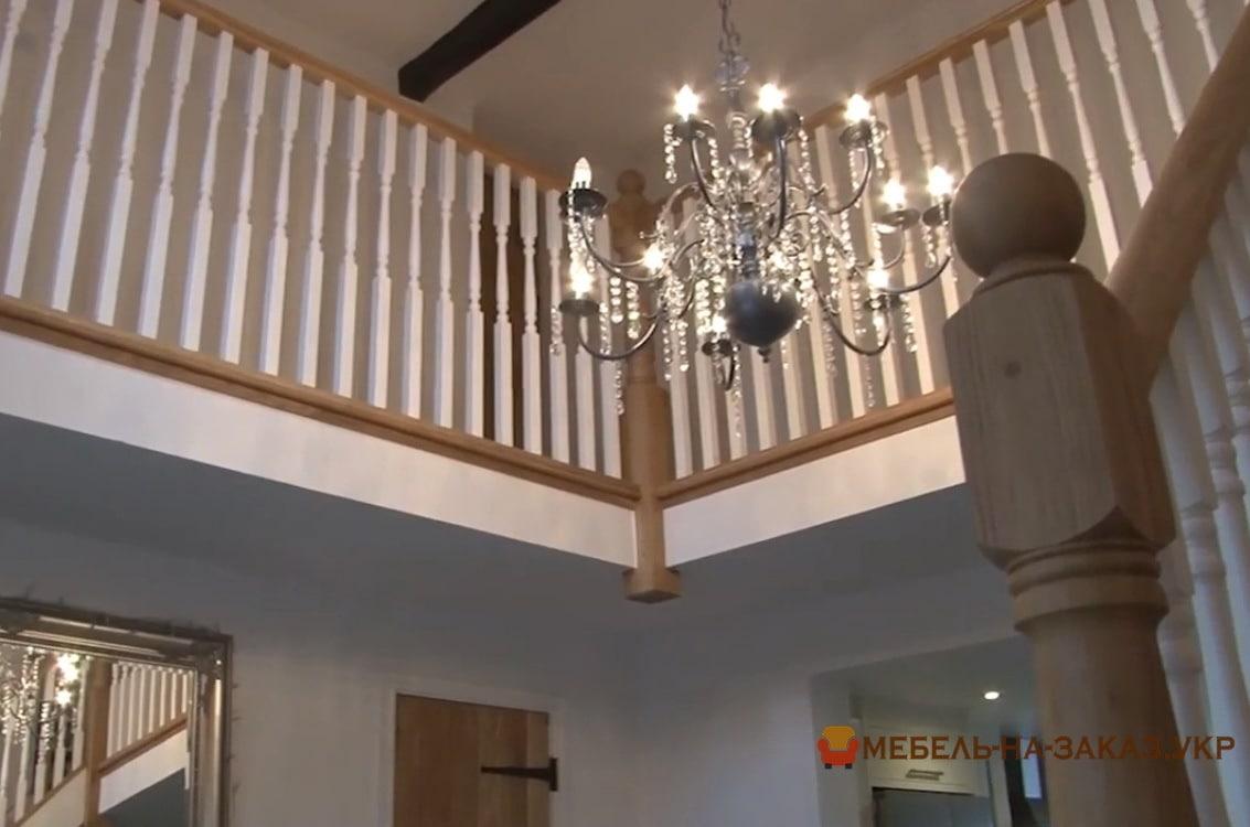 перила из ясеня для лестницы