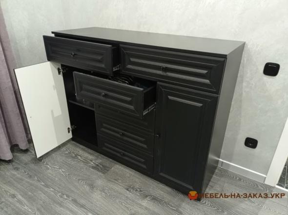 черный комод в спальню