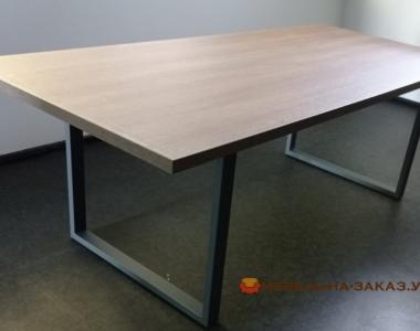 стол для офиса в переговорную