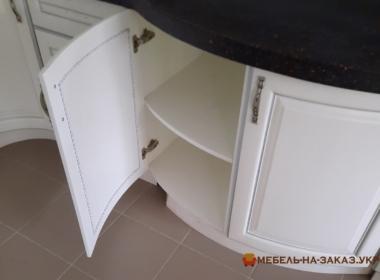 фотографии круглых кухонь