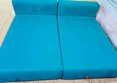 модульная кровать синего цвета