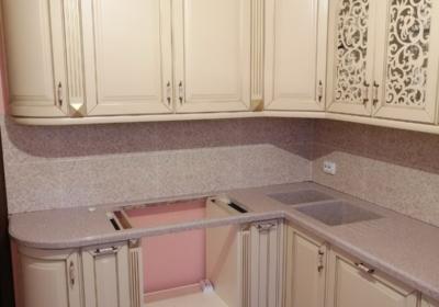мебель угловая в кухню со встроенной техникой
