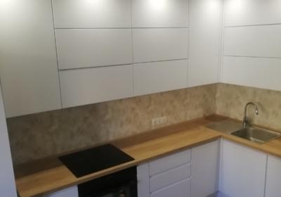 мебель угловая в кухню с столешницей из яменя