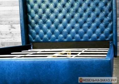 синяя кровать честер