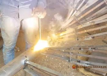Лестница из металла и дерева Черновцы