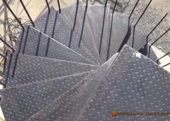 внешняя Лестница из металла