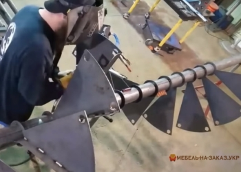 Лестница из металла из нержавейки