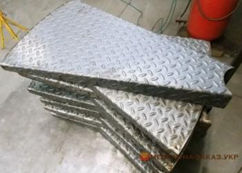 забежная металлическая лестница на заказ