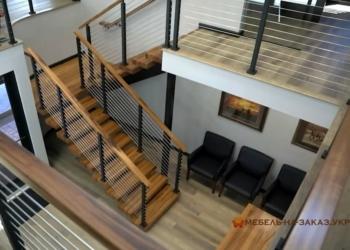 забежная металлическая лестница